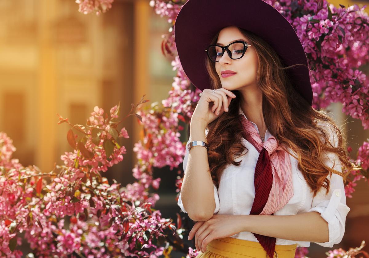 Cum să porți eșarfele primăvara în cele mai creative moduri